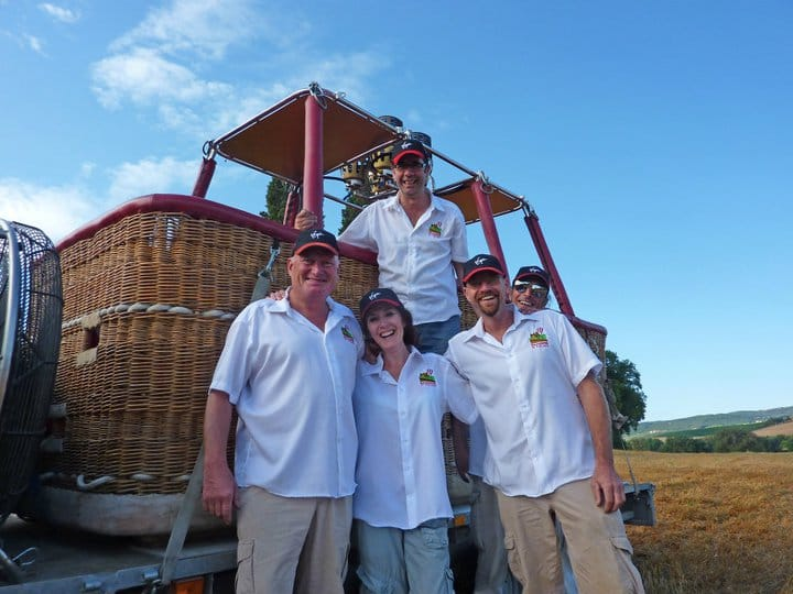 The Ballooning in Tuscany balloon team