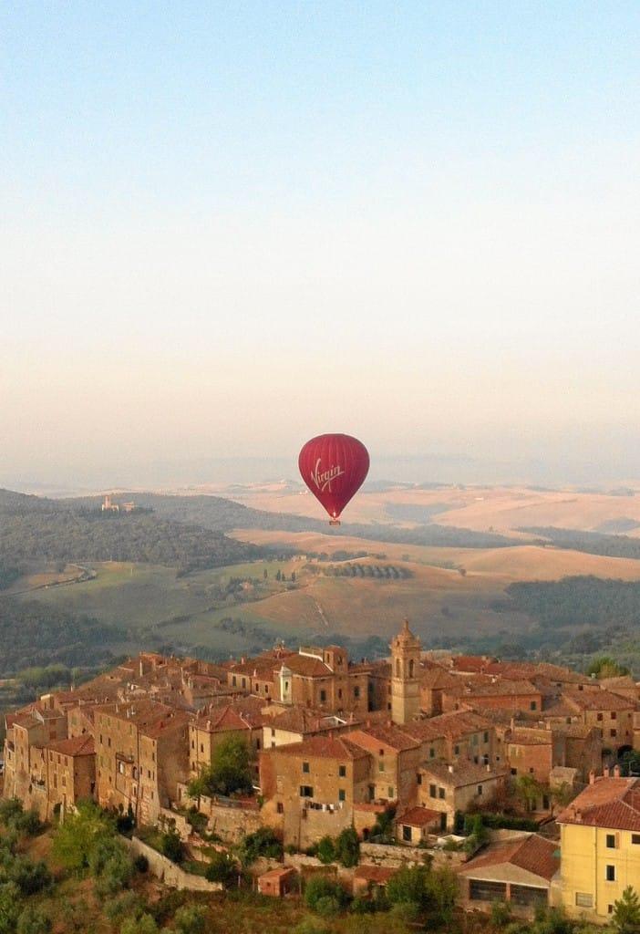 Town & Balloon -1